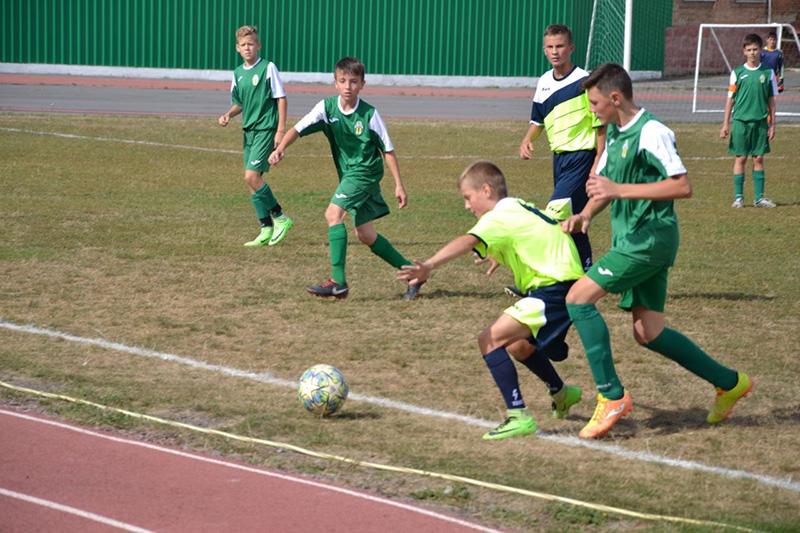 yuni futbolisti3