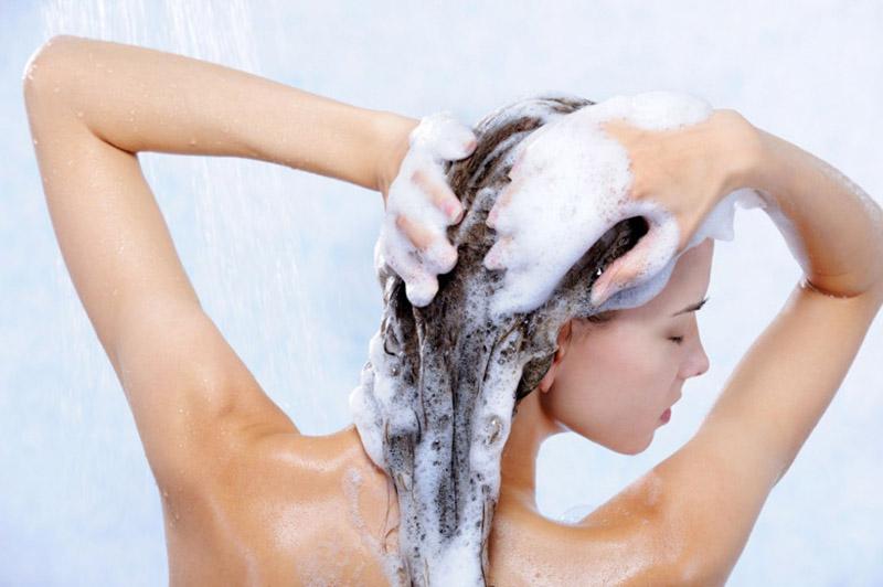 Догляд за волоссям восени