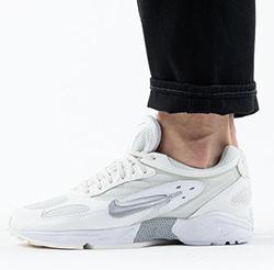 кроссовки Найки
