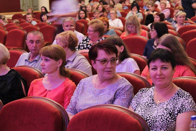 den medika teatr 3