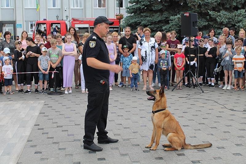 policia.ploshcha25