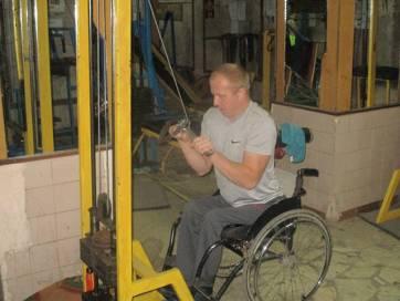 Чоловік з Бердичівщини, незважаючи на інвалідний візок, виборює нагороди на чемпіонатах