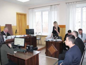 В Бердичеві почали судити хабарників в білих халатах